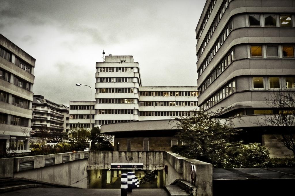 """""""Centre administratif"""" par BTRAO (Wipplay.com)"""
